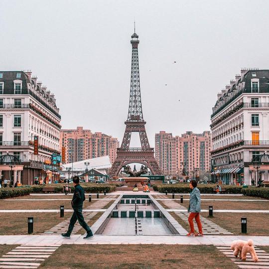 Bản sao cầu Vàng, tháp Eiffel ở Trung Quốc gây chú ý mạng - Ảnh 3.