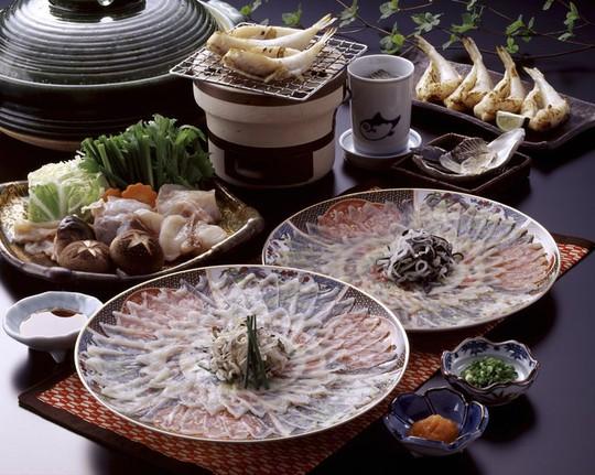 8 món ăn khiến thực khách sởn gai ốc ở Nhật Bản - Ảnh 1.