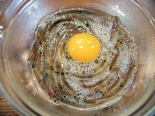 8 món ăn khiến thực khách sởn gai ốc ở Nhật Bản - Ảnh 6.