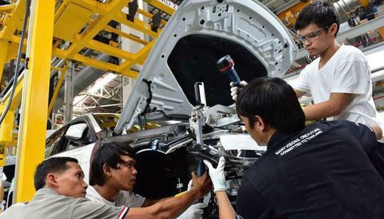 Xe Việt chất lượng kém xe ngoại, nhập siêu ôtô sẽ đạt kỷ lục 3,4 tỉ USD - Ảnh 1.