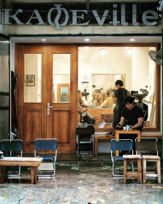 Lưu ngay những quán cà phê đặc sản đáng thử ở Hà Nội - Ảnh 14.