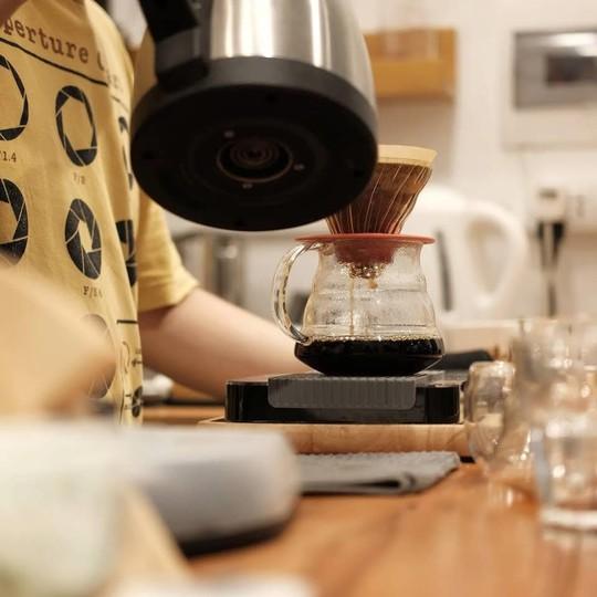 Lưu ngay những quán cà phê đặc sản đáng thử ở Hà Nội - Ảnh 15.