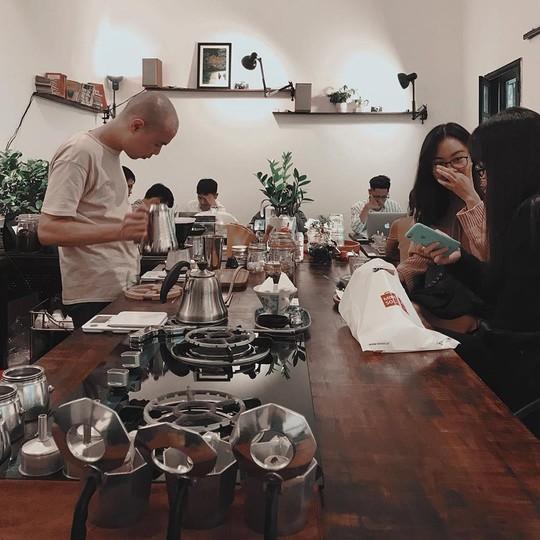 Lưu ngay những quán cà phê đặc sản đáng thử ở Hà Nội - Ảnh 4.