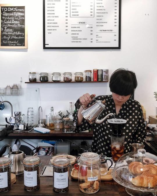 Lưu ngay những quán cà phê đặc sản đáng thử ở Hà Nội - Ảnh 6.