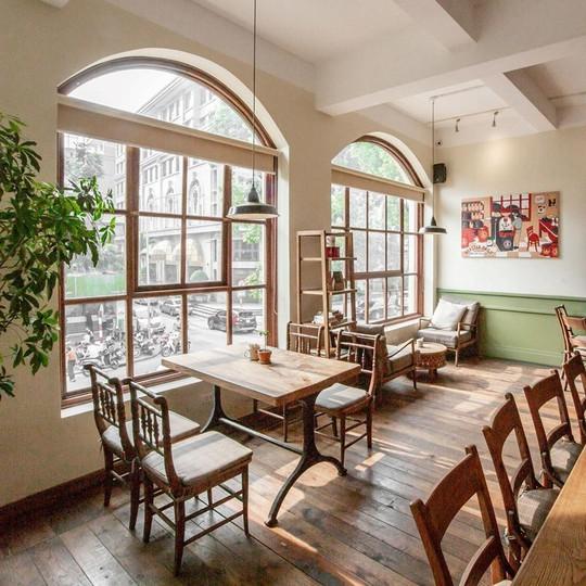 Lưu ngay những quán cà phê đặc sản đáng thử ở Hà Nội - Ảnh 9.