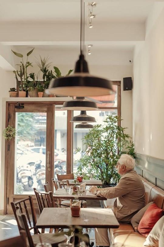 Lưu ngay những quán cà phê đặc sản đáng thử ở Hà Nội - Ảnh 10.