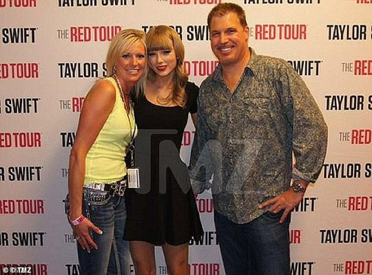 Taylor Swift tiết lộ bí kíp phòng ngừa tấn công tình dục - Ảnh 2.