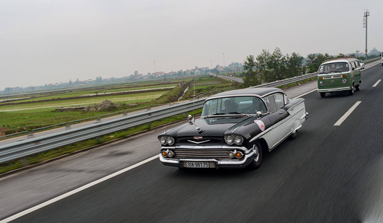 Đã mắt ngắm dàn xe cổ diễu hành kỷ niệm Hội An, Mỹ Sơn - Ảnh 9.