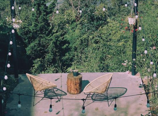 Lễ 2-9, ký gửi thanh xuân ở loạt quán cà phê xinh ngất ngây của Đà Lạt - Ảnh 31.