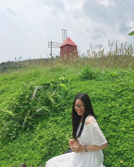 Trại bò sữa check-in tuyệt đẹp ở Mộc Châu thu hút giới trẻ - Ảnh 14.