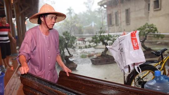 Cuộc sống của Hoài Linh sau khi vắng bóng trên sóng truyền hình - Ảnh 4.