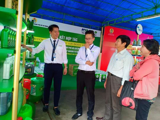 Vissan và Saigon Petro bán hàng giảm giá cho đoàn viên Công đoàn - Ảnh 5.