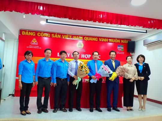 Vissan và Saigon Petro bán hàng giảm giá cho đoàn viên Công đoàn - Ảnh 1.