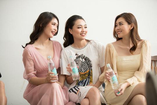 Vivant - thức uống thí sinh Miss World Vietnam mê mẩn - Ảnh 1.