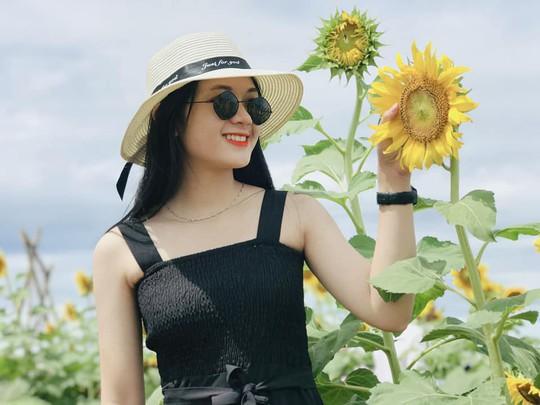 Phát sốt với vườn hoa hướng dương mới xuất hiện ở Quảng Nam - Ảnh 12.