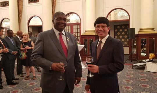 Người Việt mừng Tết độc lập ở châu Phi - Ảnh 4.