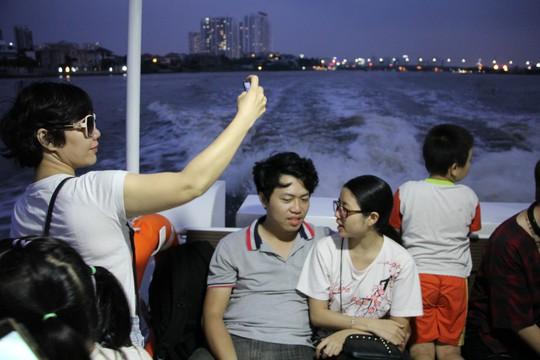 Buýt sông - hơi thở mới của đường thuỷ TP HCM - Ảnh 4.