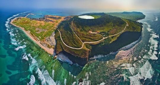 Việt Nam đẹp ngỡ ngàng với những bức ảnh nhìn từ trên không - Ảnh 6.
