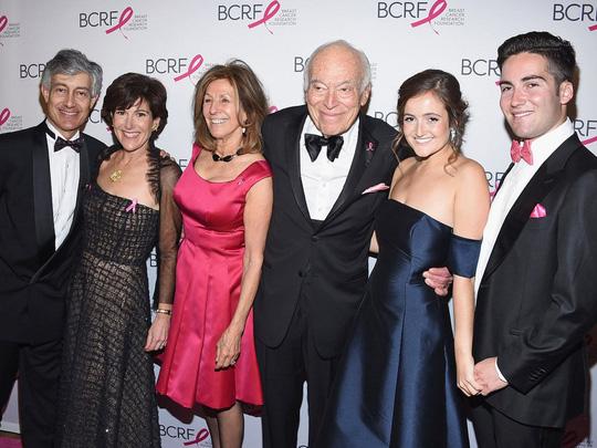 10 gia tộc giàu nhất tại Mỹ - Ảnh 1.