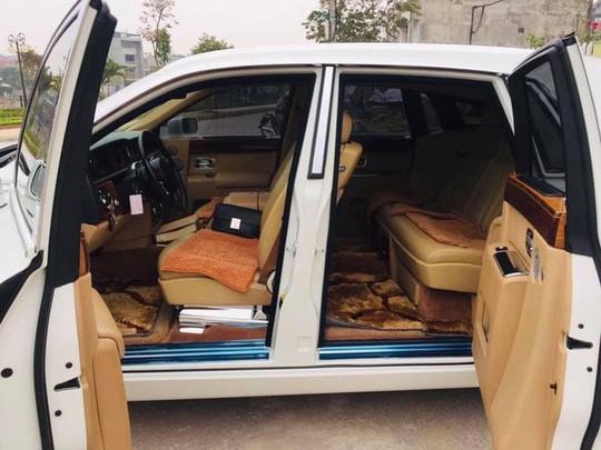 Đại gia Thái Nguyên bán Rolls-Royce Phantom mạ vàng biển tứ quý 9 - Ảnh 2.