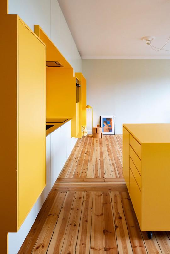 Bên trong căn hộ màu vàng xinh xắn - Ảnh 5.