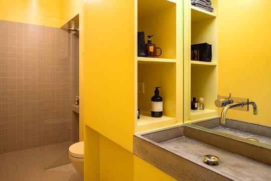 Bên trong căn hộ màu vàng xinh xắn - Ảnh 8.