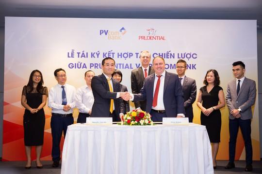 Prudential Việt Nam và PVcomBank ký kết hợp tác dài hạn - Ảnh 1.