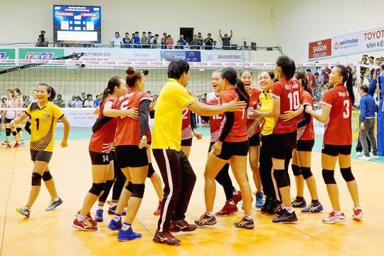 Nữ Truyền hình Vĩnh Long và nam TP HCM vô địch bóng chuyền quốc tế - Ảnh 5.