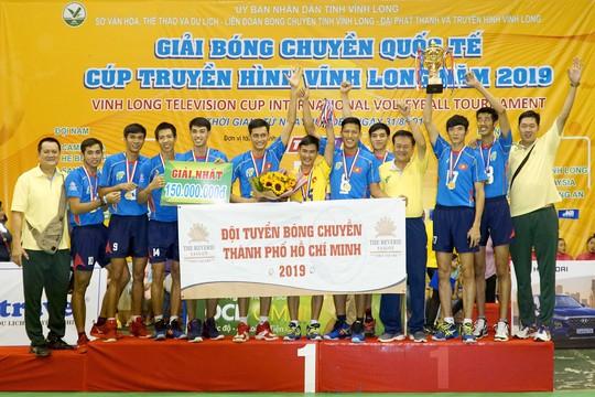 Nữ Truyền hình Vĩnh Long và nam TP HCM vô địch bóng chuyền quốc tế - Ảnh 10.