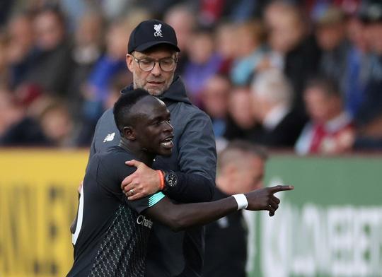 Liverpool có biến, giải Ngoại hạng Anh lên cơn sốt - Ảnh 4.