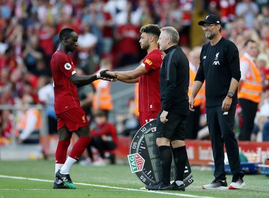 Liverpool có biến, giải Ngoại hạng Anh lên cơn sốt - Ảnh 9.