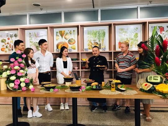 Cuisine De Saigon: Nhà hàng đậm chất Sài Gòn - Ảnh 1.