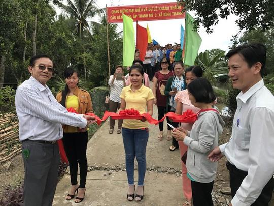 Báo Người Lao Động mang trung thu đến trẻ em nghèo Hậu Giang - Ảnh 19.