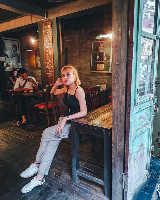 Trung thu ghé 5 quán cà phê trang trí tràn không khí trăng rằm - Ảnh 19.