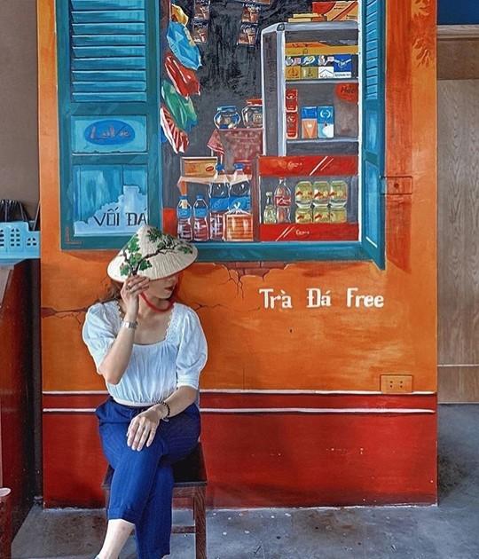 Trung thu ghé 5 quán cà phê trang trí tràn không khí trăng rằm - Ảnh 3.