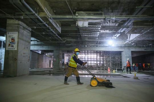 Diện mạo đường hầm Metro số 1 tại trung tâm TP HCM - Ảnh 11.