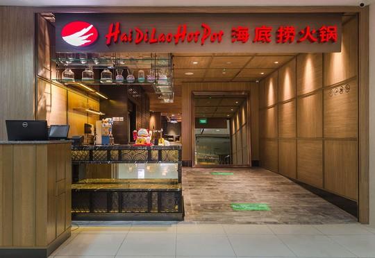 Tỉ phú lẩu Trung Quốc bị tẩy chay vì âm thầm nhập tịch Singapore - Ảnh 2.