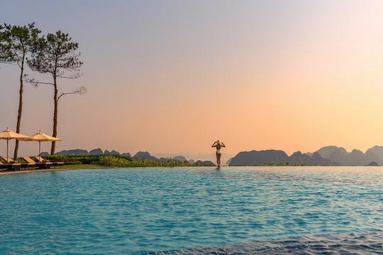 Độc đáo những bể bơi có tầm nhìn đẹp nhất Việt Nam - Ảnh 3.