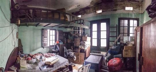 Nhà cổ hoang tàn đẹp như khách sạn sau sửa - Ảnh 3.