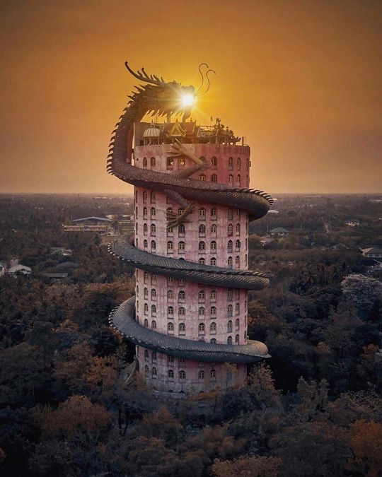 Bí ẩn đằng sau ngôi chùa hồng có rồng khổng lồ quấn quanh - Ảnh 6.