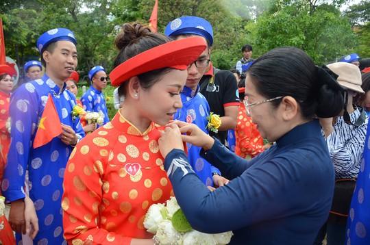 Ấm áp lễ cưới tập thể của 100 đôi công nhân trong Ngày Quốc Khánh - Ảnh 2.