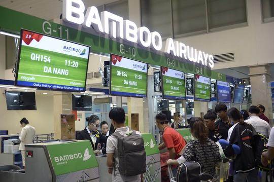 Bamboo Airways chính thức khai trương đường bay nối TP Hồ Chí Minh và Đà Nẵng - Ảnh 1.