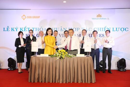 Sun Group ký kết hợp tác chiến lược cùng Vietnam Airlines, phát triển nhiều sản phẩm mới - Ảnh 1.