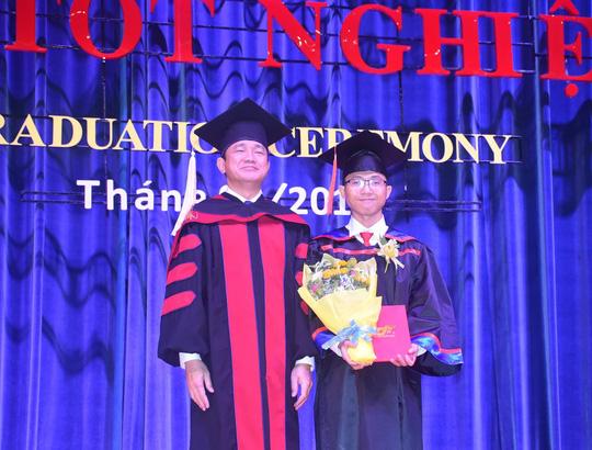 38,3% sinh viên tốt nghiệp đạt điểm TOEIC quốc tế từ 600 trở lên - Ảnh 1.