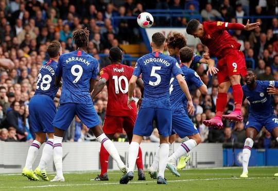 Hạ Chelsea bằng siêu phẩm, Liverpool thách thức cả giải Ngoại hạng - Ảnh 6.