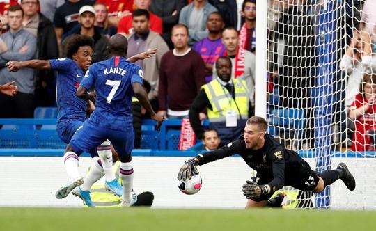 Hạ Chelsea bằng siêu phẩm, Liverpool thách thức cả giải Ngoại hạng - Ảnh 7.