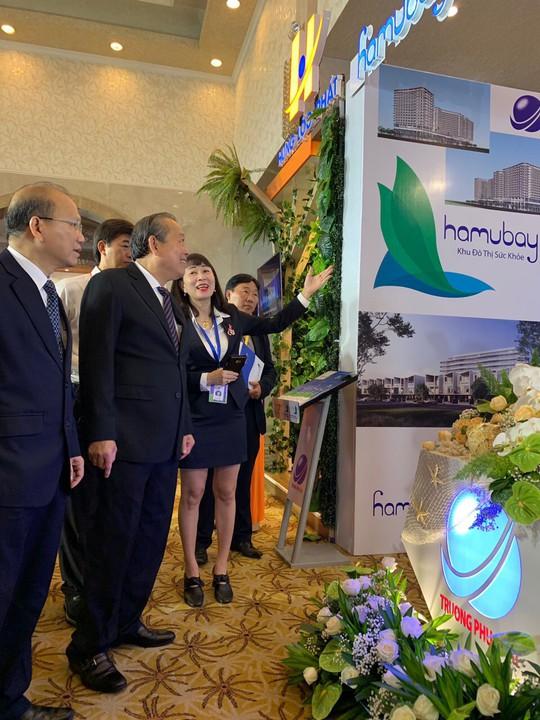 Hội nghị Xúc tiến đầu tư tỉnh Bình Thuận: Thu hút hàng trăm nghìn tỉ đồng - Ảnh 1.