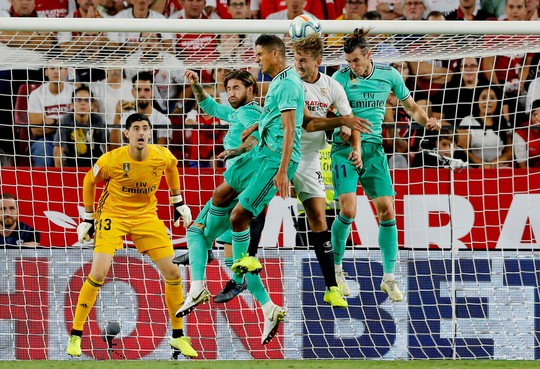 Karim Benzema cứu Zidane, Real Madrid lên nhì bảng La Liga - Ảnh 4.