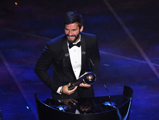 Alisson Becker - Messi của những thủ môn - Ảnh 1.