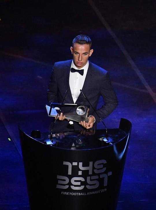 FIFA gây sốc, lần đầu trao The Best cho Lionel Messi - Ảnh 8.